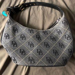 Dooney & Bourke handbag/purse bucket bag